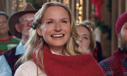 """THE FARMER AND THE BELLE: SAVING SANTALAND"" Is a Sweet Holiday Film for the Whole Family"
